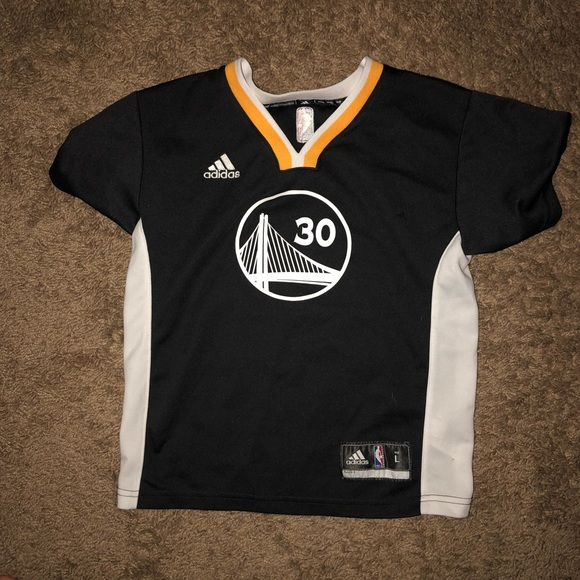 brand new c6377 1385c Boys Steph Curry Jersey Shirt